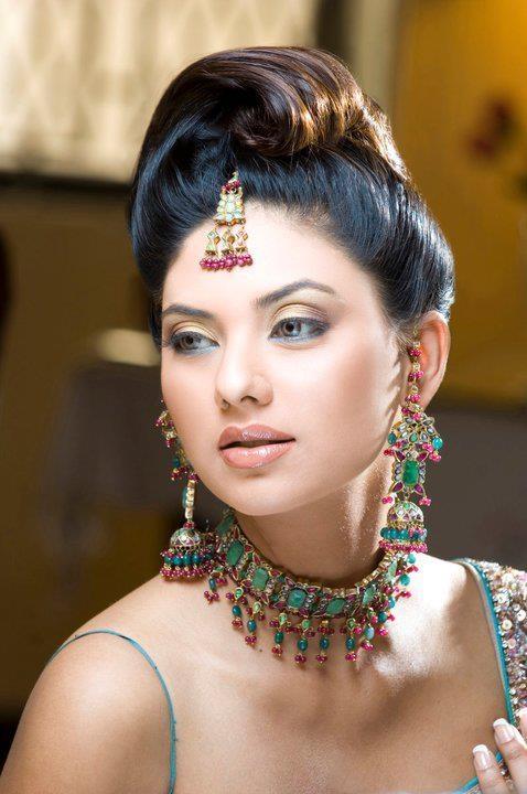 Ethnic Bridal Makeup : 17 Best images about Ethnic bridal makeup on Pinterest ...