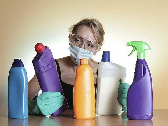 Ежедневно принимаете душ? Полощете рот после чистки зубов? Эти «здоровые» привычки могут быть вредны для нашего организма! 1. Слишком много моемся Большинство людей слишком много моются. Очень горячая вода […]