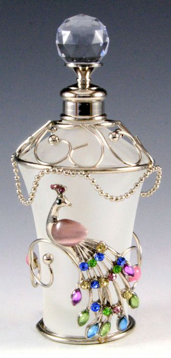 #Peacock Passion: Pearl Floral Glass Perfume Bottle