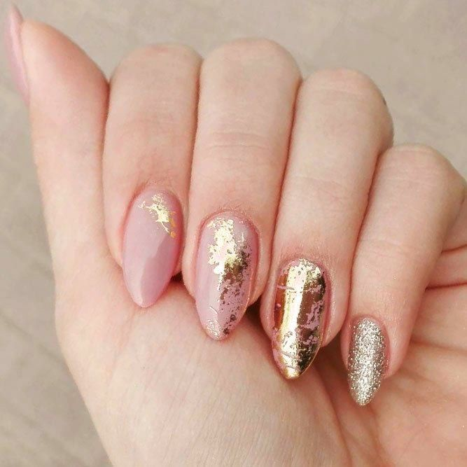 Huge 2020 Hairstyle List The 9 Hottest Trends To Be Obsessed With Ecemella In 2020 Gold Nail Designs Gold Nail Art Foil Nail Art