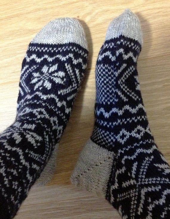 Norwegian woolen Socks // Wollen Sokken met Noors by Dowinium