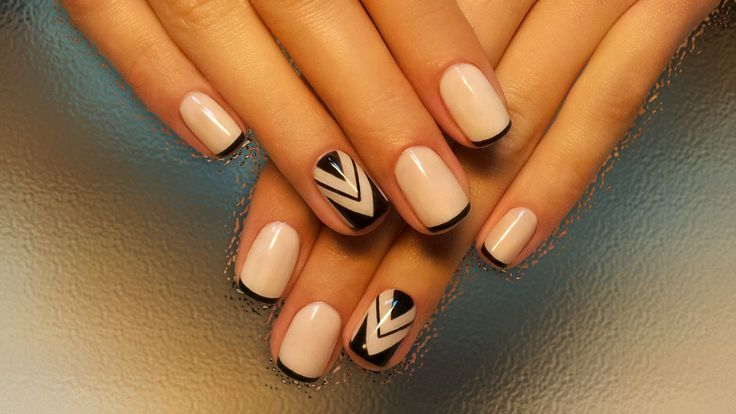 Autumn nails with a pattern, Beige and black nail designs, Beige nails by gel polish, Drawings on nails, French manicure, Geometric french nails, Medium nails, Party nails