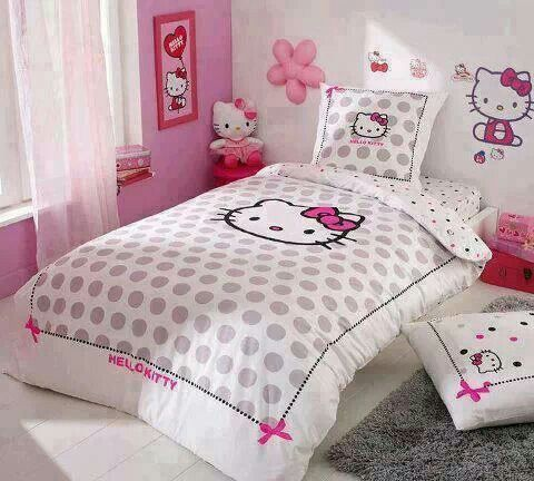 Toddler HELLO KITTY bed set & decor