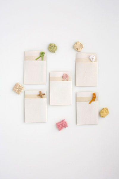 折形デザイン研究所 | 商品 / とらやポチ袋