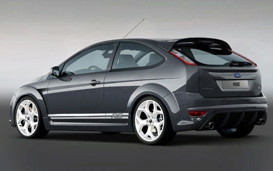 Who couldn't like a pic new Ford Focus model!