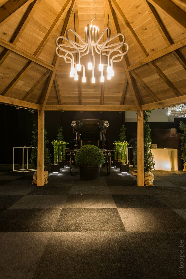 King George at Flanders Horse Expo #TAL #lighting #design #chandelier