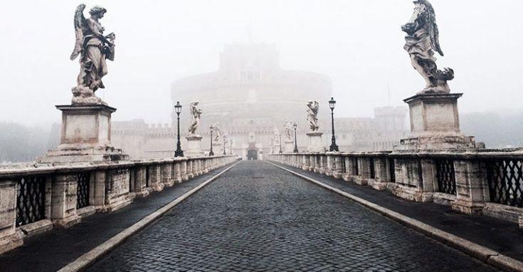 Percorri questo fantastico mystery tour di Roma all'insegna delle leggende e dei fantasmi di una Roma misteriosa e macabra.