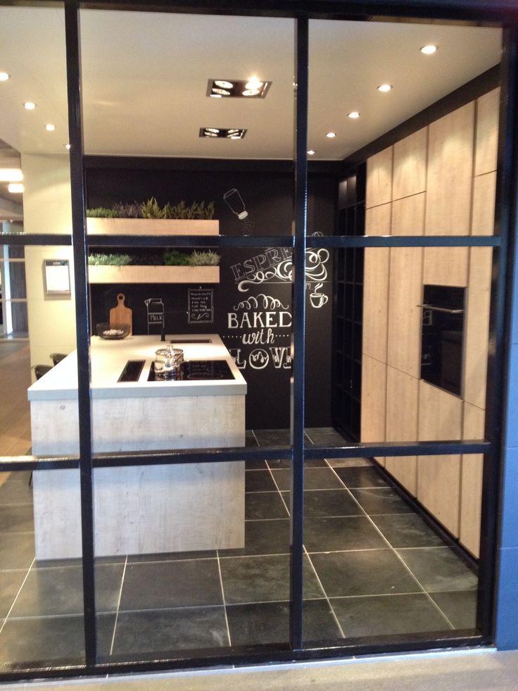 Keuken Zwart Met Hout : Belgian style op Pinterest – Met, Belgische Stijl en Interieur