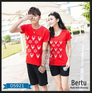 T-Shirt Couple Bunga Natal Merry Christmas