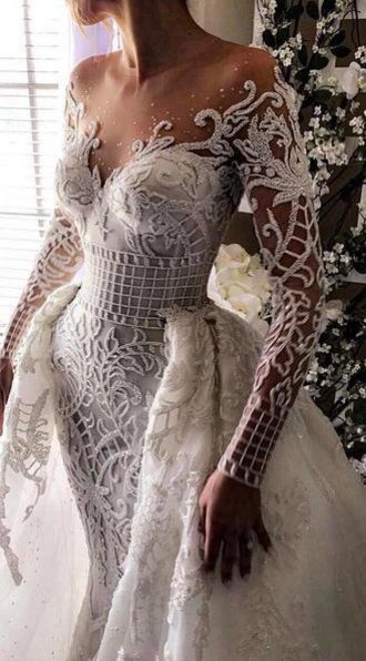 Beautiful Delicate Swan Princess Inspired Lace Detailing Off The Shoulder Alternative Prom Dress