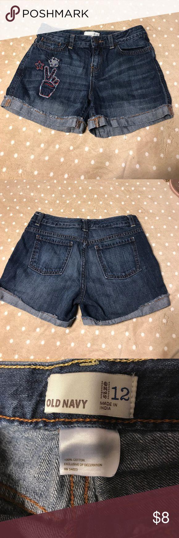 OLD NAVY SHORTS (peace sign) Girls old navy shorts. Old Navy Bottoms Shorts