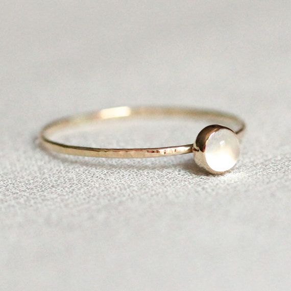 White Moonstone Stacking Ring – SOLID 14k Gold – Natural Moonstone – Bezel Setting and Hammered Band – Cat Eye – Simple Dainty – Delicate