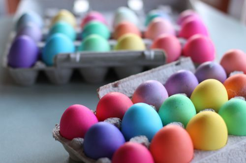 How to get intense colors for your Easter Eggs. Love these.