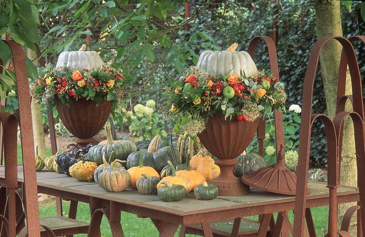 17 beste idee n over buiten halloween decoraties op pinterest buiten halloween buiten - Outdoor tuin decoratie ideeen ...