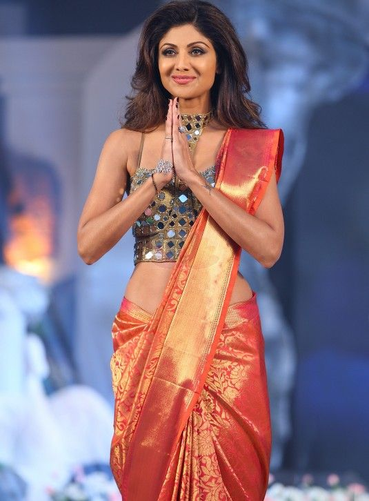 Rani pink kancheepuram with traditional 'Vanasingaram Design'