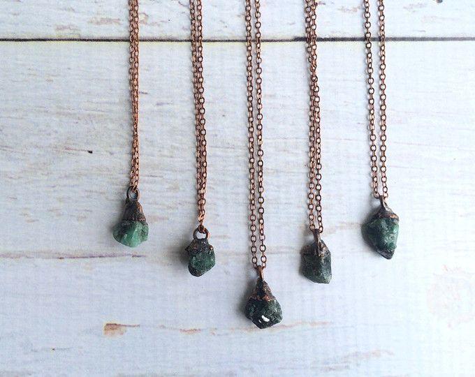 Collar de piedra Esmeralda | Collar de Esmeralda crudo | Puede joyas de piedra | Collar de cristal Esmeralda áspera | Joyería Esmeralda genuina