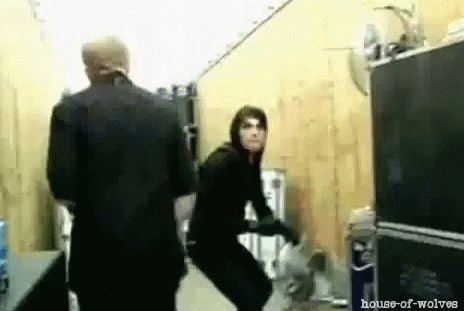 Haha Gerard & Bob, who knew G could jump so high <<< gravity dont mean to much to him