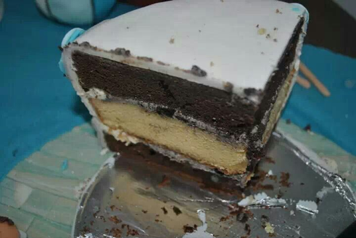 Chocolate vanilla cake with cream cheese filling:)