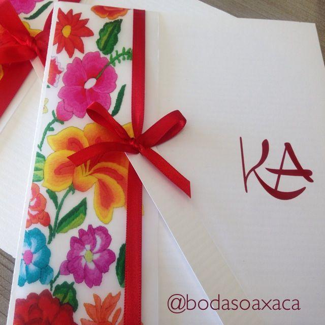 Diseño de invitación con toques de flores tehuanas. bodas Oaxaca #invitacionesenoaxaca #bodasoaxaca