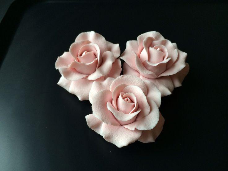 Marzipan flowers