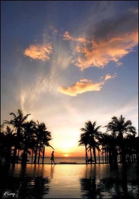 Don't let the sun go down on me (2008/Dong Hoi/Viet Nam/Canon 350D + Kit)