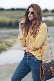 Outfits con jeans. Outfits con pantalones Levis. Cómo llevar unos pantalones vaqueros. Ideas de look casual.