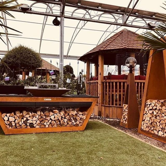 We would like to welcome Tendercare Nurseries as our first UK Premium Dealer - full range of Quan Garden Art products now available to buy directly at their Denham, Uxbridge shop. @tendercarenursery⠀ ⠀ #QuanUK #TenderCare #Premium #Dealer #Denham #UnitedKingdom #UK #Reseller #Quanproducts #Grill #Griddle #Kitchen #Outdoor #Garden #OutdoorKitchen #OutdoorFurniture #Furniture #RollingKitchen #First #QuanGardenArt
