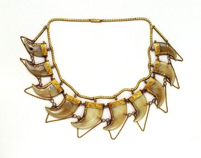 Local fashion: Animal teeth and claws jewelry