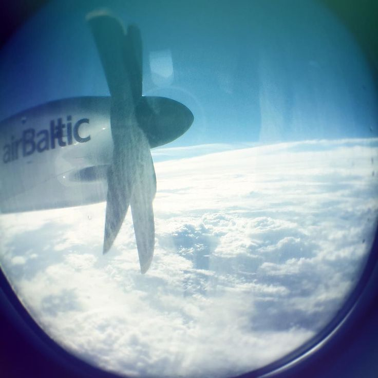 Time flys when in the air turbofan around and around #engine #flight #sky #clouds #upintheair @airbaltic @riga.lv @visithelsinki