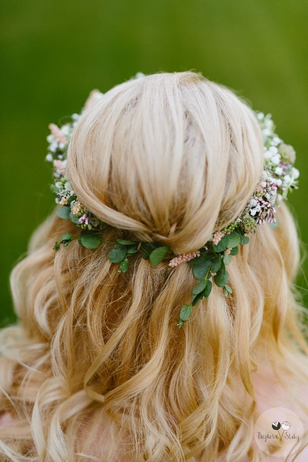 INNA Studio_  floral crowns / wianek ślubny / fot. Bajkowe Śluby