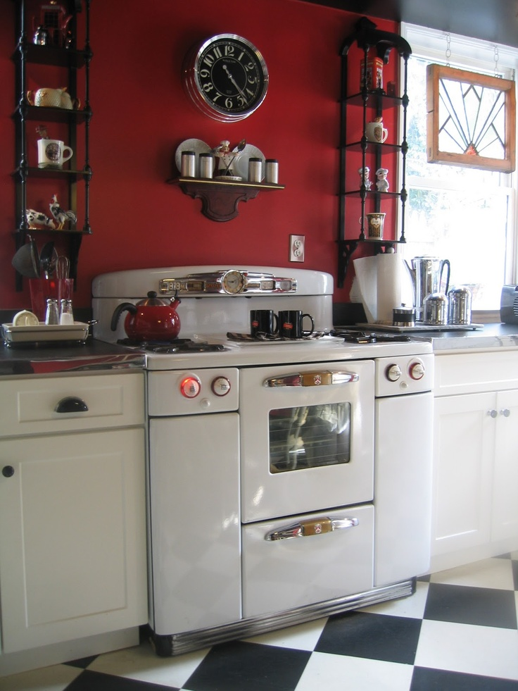 Nice Tappan Deluxe stove, and nice kitchen around it.