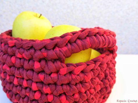 Soluciones de trapillo para guardar todo. Para las cremas del baño , para las pinzas de la ropa , y ahora para la fruta . Y tengo pendiente...