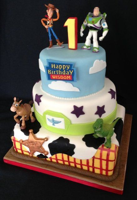 1000 Images About Toy Story Cakes On Pinterest Buzz