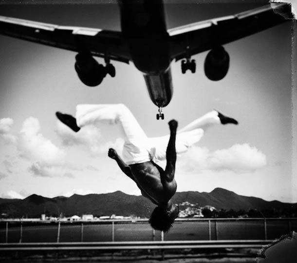 """""""Art of Movement"""" est une série de magnifiques photographies noir et blanc capturant l'énergie du Free Running avec une intensité rare. Une série réalisée"""