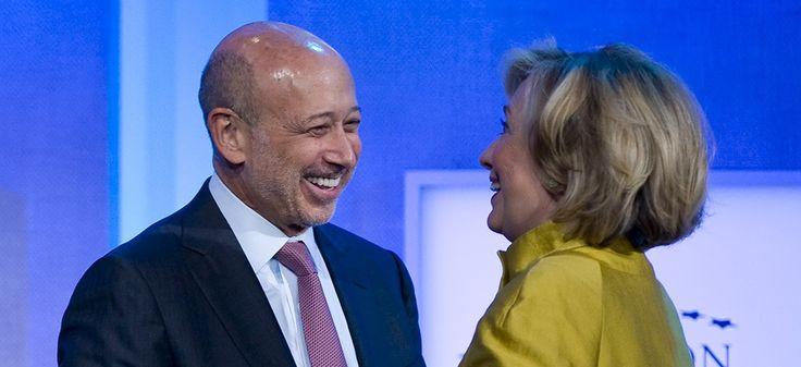 Le PDG de Goldman Sachs, Lloyd Blankfein, et Hillary Clinton, le 24 septembre 2014 à New York | STEPHEN CHERNIN / AFP.