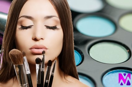 Makeup Your Mind focuses on three areas of beauty:  face-to-face and online makeup courses, professional makeup services, and beauty-focused social celebrations