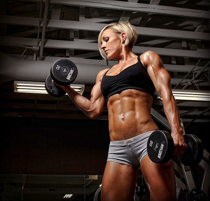 Bicep curls and women