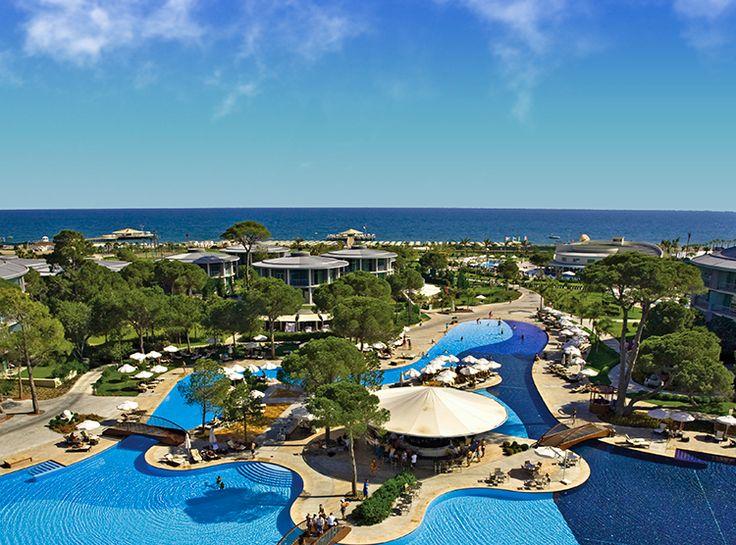 Antalya gecelerinin ışıltısı altında, unutulmaz bir yaz başlıyor. Calista Luxury Resort sezona özel yenilikleri, konsept değişiklikleri ve birbirinden özel canlı performanslarıyla heyecan dolu bir tatile davetiye çıkarıyor. http://bit.ly/1iXwbwG  #etstur #KeskeTatilOlsa #tatil #holiday #travel