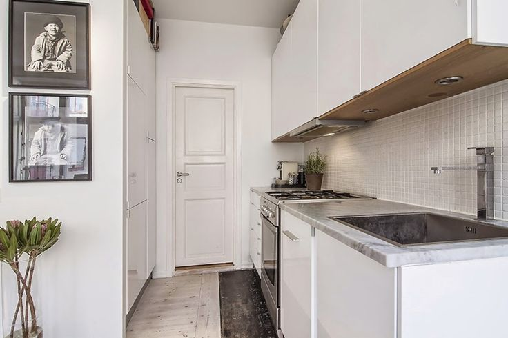 Decorating Small Apartments Decorating small apartments is probably harder than you might think, but this gorgeous contemporary studio apartment will give you some pretty nice ideas how to decorate your living space in bright and contemporary way. #interiordesign #decorating #smallapartment
