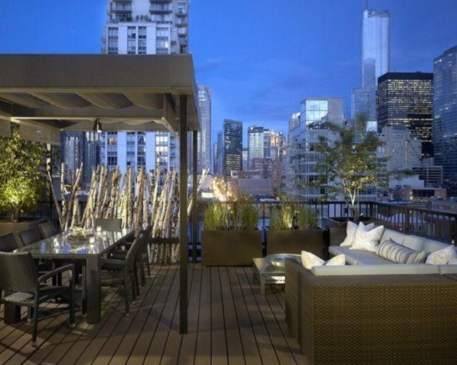 terrasse avec déco de style industriel