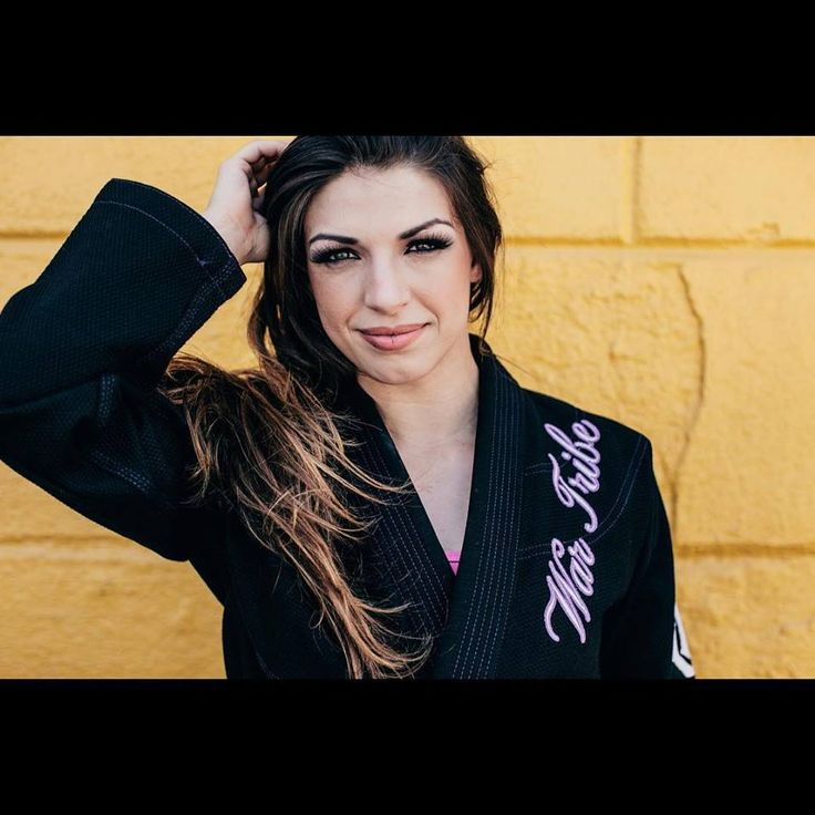 Mackenzie Dern.This lady is beautiful,and one of the very best jiu jitsu players in the world.