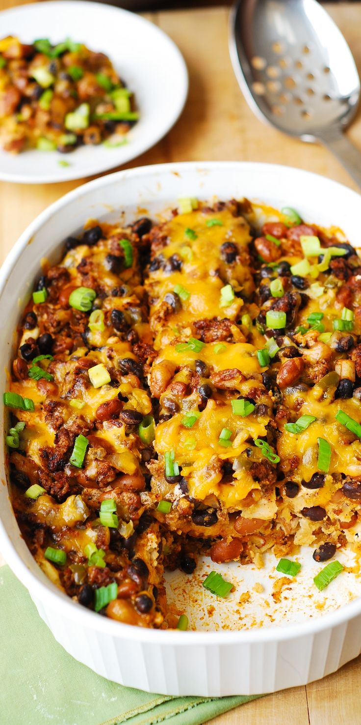 Black Bean and Beef Enchilada Casserole (with pinto beans, black beans, green chili peppers, cheese, and green onions) – quick and easy-to-make dinner, great for leftovers. Mexican, Tex-Mex, flavors! Gluten free recipe.