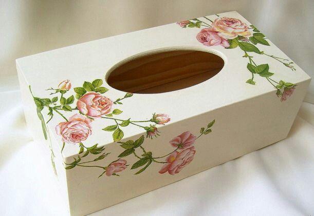 Decoupage tissue box                                                                                                                                                                                 Más