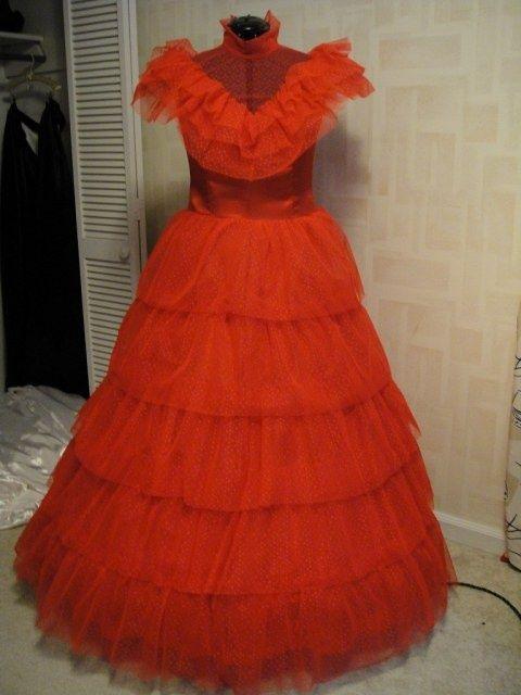 lydia beetlejuice costume | Lydia Wedding Dress costume Beetlejuice | Inspiration: Clothing and ...