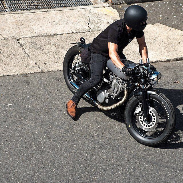 Images from The Mighty SR Festival of Thump via Deus Ex Machina Motorcycles.   (via Photos du journal - Deus Ex Machina Motorcycles)