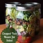 Chopped Taco Mason Jar Salad #organizeyourselfskinny #masonjarsald
