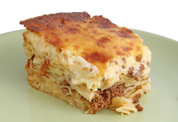 Pastitsio (Παστιτσιο): Baked pasta with white sauce and mince meat
