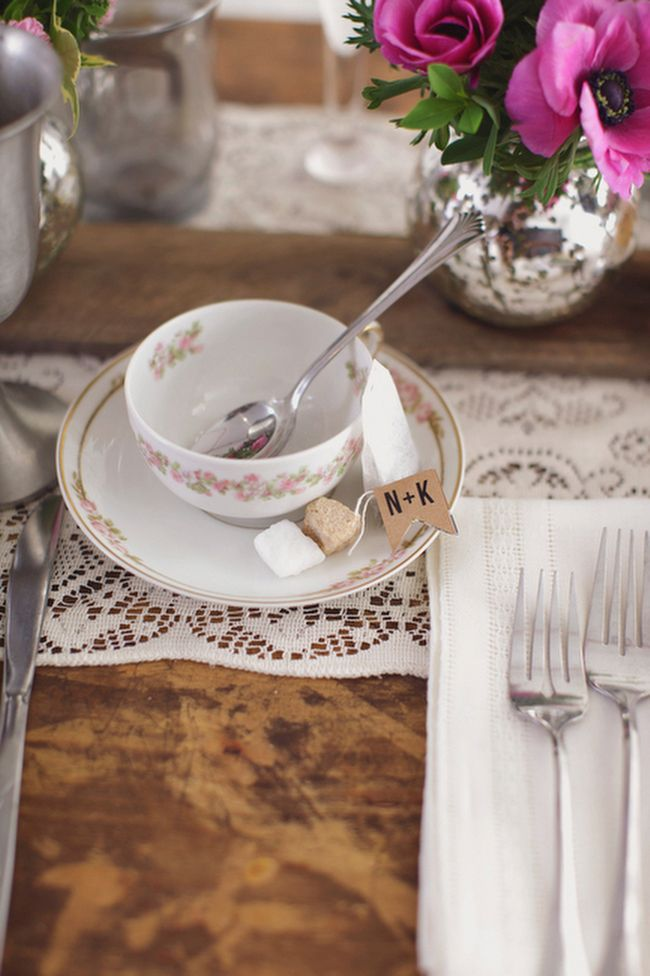 personalized tea bag tags - ALH Photography http://ruffledblog.com/botanical-bloom-wedding-inspiration/