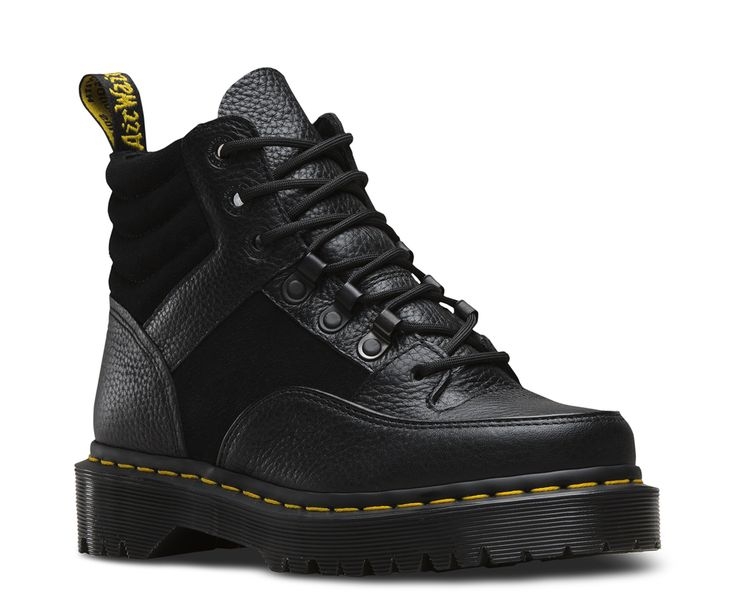 Channel your inner riot girl: The tough-as-hell Zuma Hiker Boot is based on an original 90's sample found in the Dr. Martens archive. You're welcome. This minimalist, monochromatic boot features 7-eye lace fasteners, super chunky sole and a padded ankle c