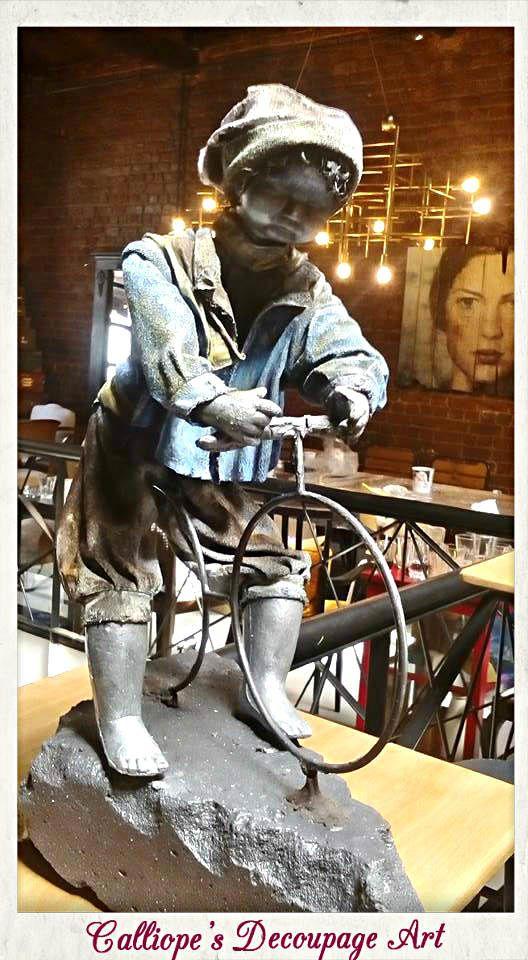 Παιδί στο ποδήλατο | Χειροποίητο αγαλματίδιο | Calliope's Decoupage Art